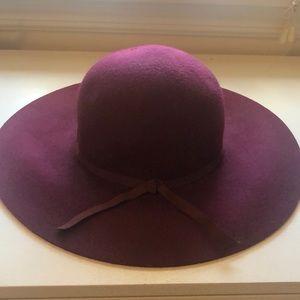 Old Navy Burgundy Floppy Hat